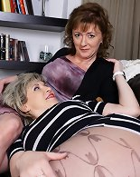 Breathtaking lesbian sex session organized by two MILFs
